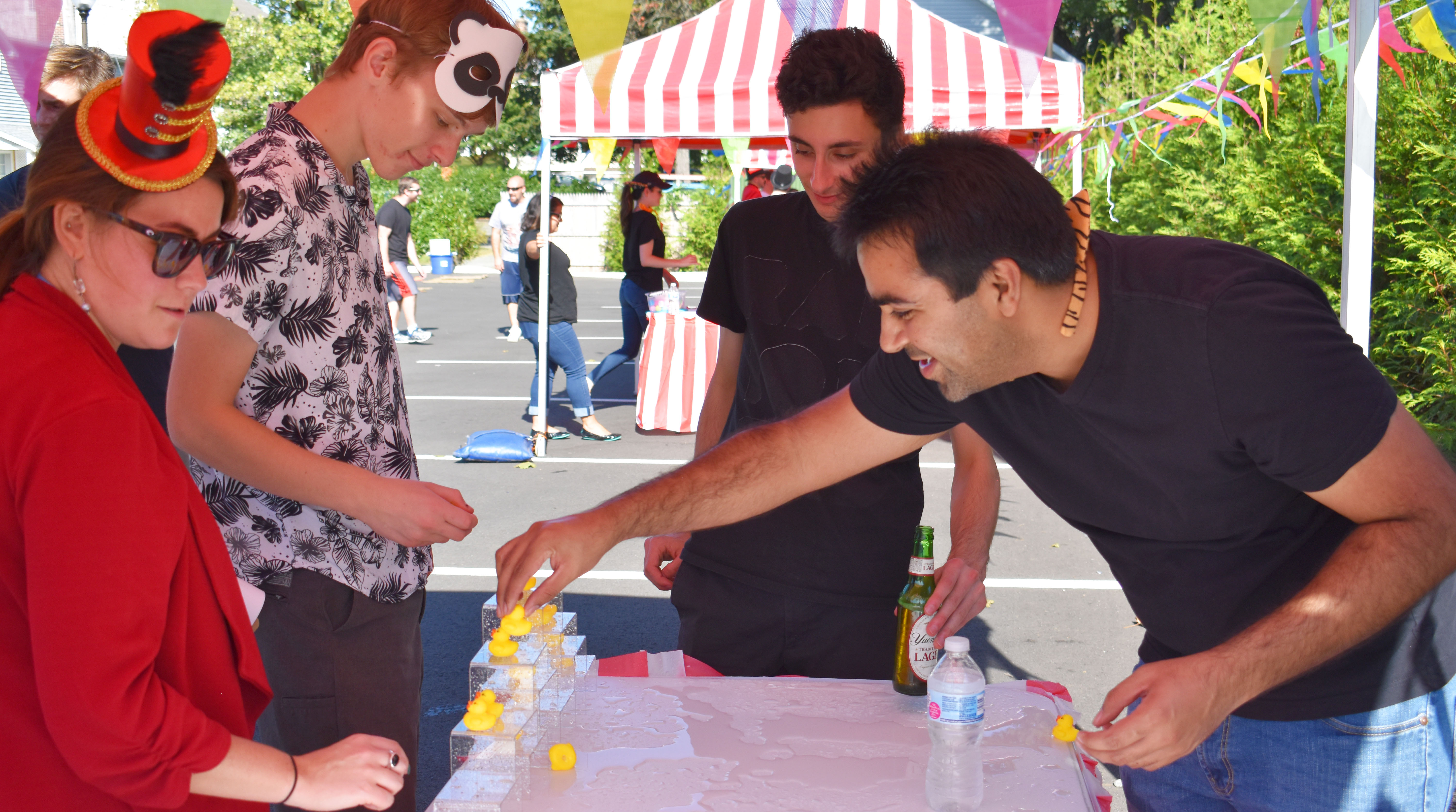 Team Setting up a Rubber Duck Game